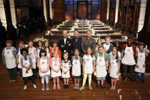 """MASTERCHEF: Judges Bastianich, Ramsay and Elliot with the Contestants in the """"Junior Edition: The Class of 2015"""" Season Premiere episode of MASTERCHEF airing Tuesday, Jan. 6 (8:00-9:00PM ET/PT) on FOX. CR: Greg Gayne / FOX. © FOX Broadcasting Co."""